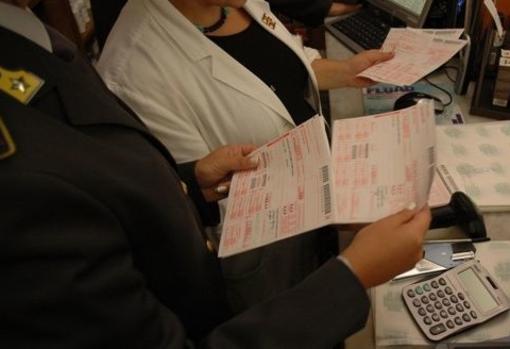 """""""Cancelliamo un'ingiusta tassa sulla salute"""": la Regione abolisce il ticket sui farmaci"""