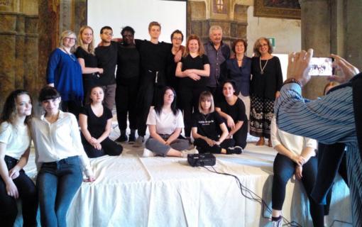 Guala Bicchieri, Sant'Andrea e la Magna Charta raccontati a teatro