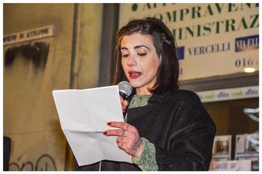 Viola Olivieri, sabato, al primo raduno vercellese delle Sardine