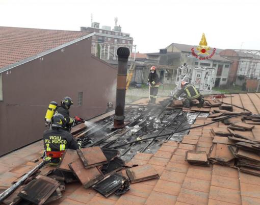 Cappuccini: danni per l'incendio di una canna fumaria